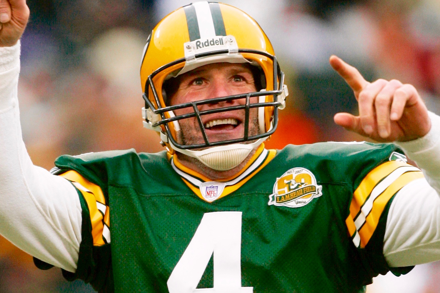 Packers chatters. Packers chatters.